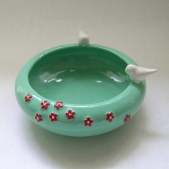 Decorative bird bowl