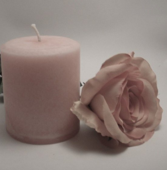 JenSan Rose Candle