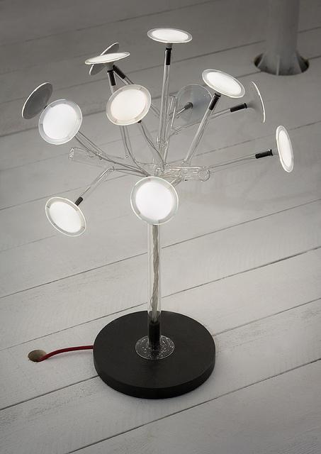 Blackbody Bonzai OLED lamp