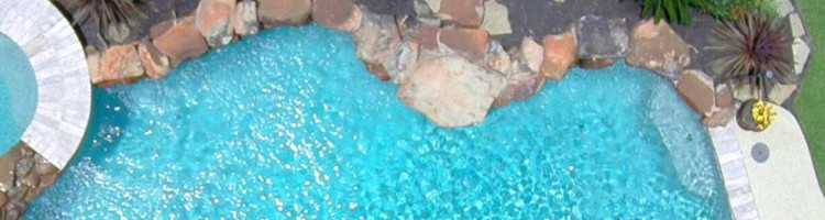 4 Accessories Every Pool Owner Should Have