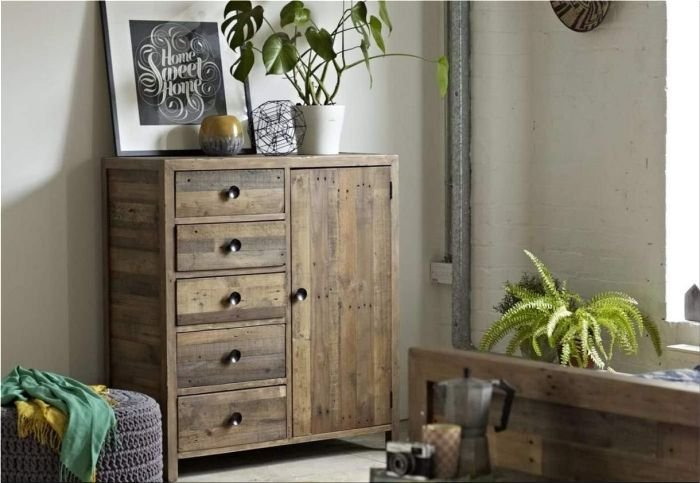 pretty recycled wood accents